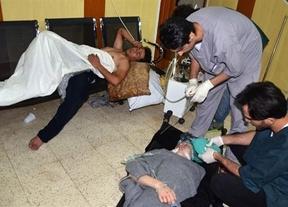 La oposición siria denuncia un durísimo ataque químico que Assad niega