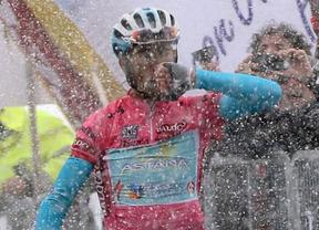 Estocada definitiva de Nibali al Giro: gana bajo la nieve en la mítica cima de Lavaredo