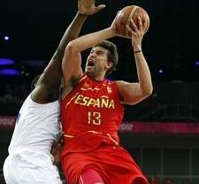 Hoy tocaba ganar: España vence a Francia (59-66) y se cita con Rusia en semifinales