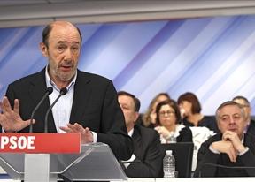 El PSOE aprueba primarias abiertas para la Presidencia del Gobierno, y sólo entre militantes para municipios y autonomías