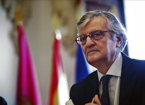 Torres Dulce recibe al fiscal superior de Cataluña para atar la posible querella contra Mas
