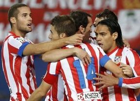 El Atleti sigue en racha: un autogol del Málaga en el último minuto le da un nuevo triunfo (2-1)