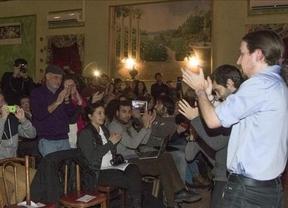 Pablo Iglesias llena auditorio en Nueva York y arremete contra los 'traidores a la patria' que privatizan y aconsejan emigrar a los jóvenes