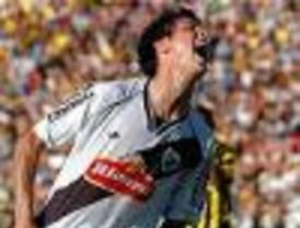 Danubio goleó a Peñarol y se quedó con el Torneo Apertura