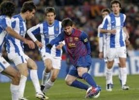 El Barça, favorito ante la Real, quiere que los vascos paguen los platos rotos por el Valencia