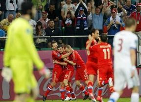 Rusia golea, convence y asume el liderato tras derrotar a la República Checa (4-1)