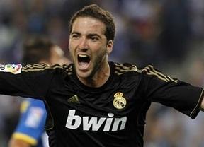 El Madrid, con mucha 'Pipa', olvida los malos tiempos (0-4)