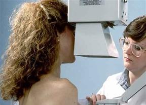 Casi 100.000 mujeres fueron citadas hasta agosto en el programa de detección precoz del cáncer de mama
