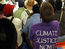 Miles de manifestantes piden detener cambio climático