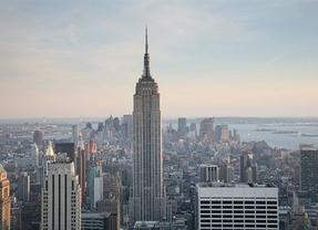 El solsticio de verano lleva a Nueva York yoga en vez de hogueras