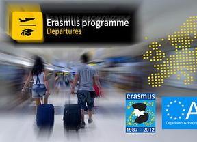Una joven consigue cientos de miles de firmas en Change.org contra el recorte en becas Erasmus