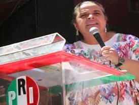 Felipe Calderón encabeza la ceremonia del Día de la Bandera