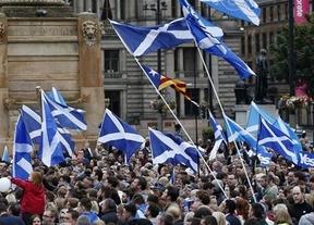 El mundo entero y en especial España contienen el aliento ante la jornada histórica de este jueves en Escocia