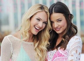 Los ángeles de Victoria's Secret presentaron bikinis para la temporada de playa