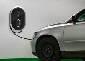 El Gobierno aprobará mañana una normativa para favorecer la recarga de coches eléctricos