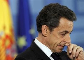Sarkozy entra en campaña... cerquita de Bruni