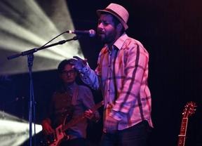 Miguel Alonso nos lleva de paseo por la diversidad temática y musical de sus canciones