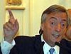 La nueva táctica de Kirchner es acusar a Macri de ser amigo de Menem