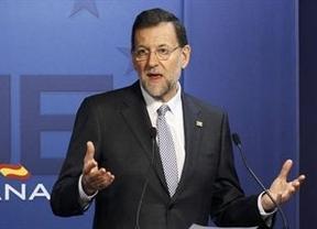 Los 'barones' del PP firman un acuerdo que apoya el objetivo de déficit y las reformas de Rajoy