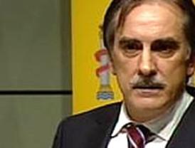 El PSOE inicia una campaña para poner en entredicho la 'acusación popular'