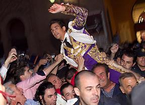 Manzanares, a hombros en la Feria de 2011