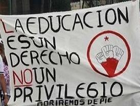 Estudiantes en paro por reforma a la educación