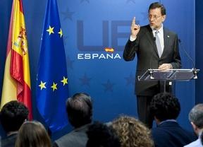 Rajoy sorprende anunciando que no pedirá ayuda europea para relajar el acoso de la deuda