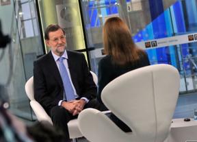 Rajoy no subirá impuestos 'en principio' ni aclara si Gallardón será ministro