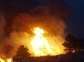 Evacuadas 20 personas por el incendio en una vivienda