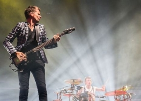 Muse vuelven a triunfar en Barcelona con un enérgico espectáculo rock