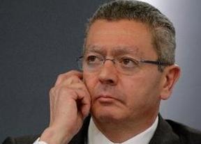 El Gobierno presume de otorgar 'pocos' indultos al ser preguntado por el otorgado a un donante del PP en Canarias