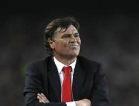 Camacho, sobre el Barça: 'Tener que esperar 45 minutos es una falta de respeto para los aficionados'