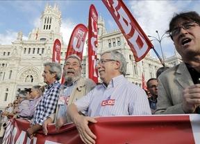 Los detractores de la reforma laboral salen a la calle para protestar