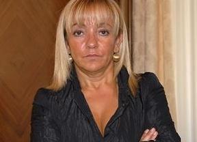Entra también en prisión la policía local de León que entregó el arma homicida de Isabel Carrasco