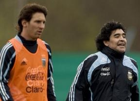 Maradona, que fracas� con Argentina en Sud�frica 2010, dice que Messi hizo mejor Mundial con �l