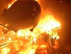 ¿Es un incendio? ¿Es una explosión? No, es la Cremà: adiós a las Fallas de 2011