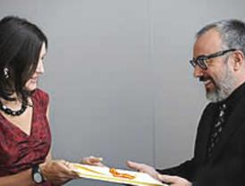 Sinde espera una gala de los Goya en paz con Álex de la Iglesia