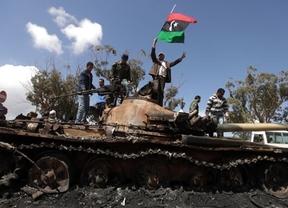 España y Francia armaron a los rebeldes y al régimen libio de Gadafi