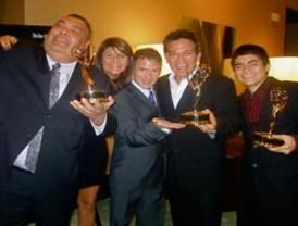 Nelson Bustamante gana Premio Emmy de la Costa