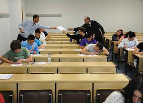 Alumnos, en 2013 en los exámenes en Cuenca