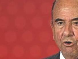Botín reclama más reformas estructurales y agilizar la concentración de las cajas