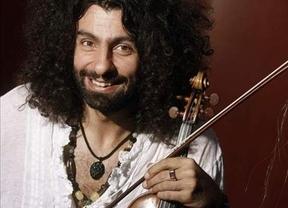 El violín de Ara Malikian da vida a los clásicos y tópicos villancicos con versiones del siglo XXI
