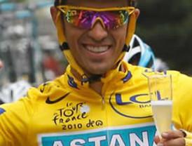Suspenden por un año a Contador, por positivo en el Tour de Francia