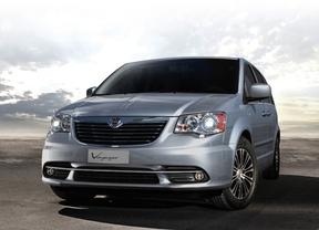 Lancia pone a la venta la edición especial Family Class del monovolumen Voyager