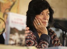 Almudena Grandes presenta en Azuqueca su nuevo libro 'El lector de Julio Verne'