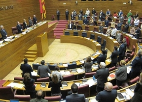 Las Corts Valencianes guardan un minuto de silencio por el accidente de Germanwings