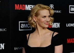 La estrella de Mad Men, January Jones, se come su propia placenta