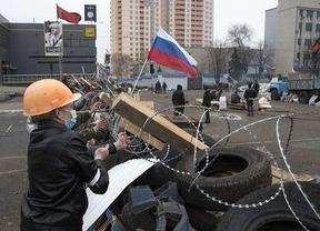 Los separatistas prorrusos anuncian la retirada de su armamento pesado