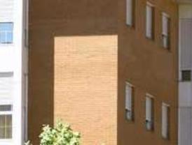 Sólo Córdoba y Málaga crecen en empleo hotelero en el primer semestre de 2011