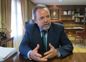 El Delegado del Gobierno en Castilla-La Mancha, partidario de limitar las amenazas en redes sociales